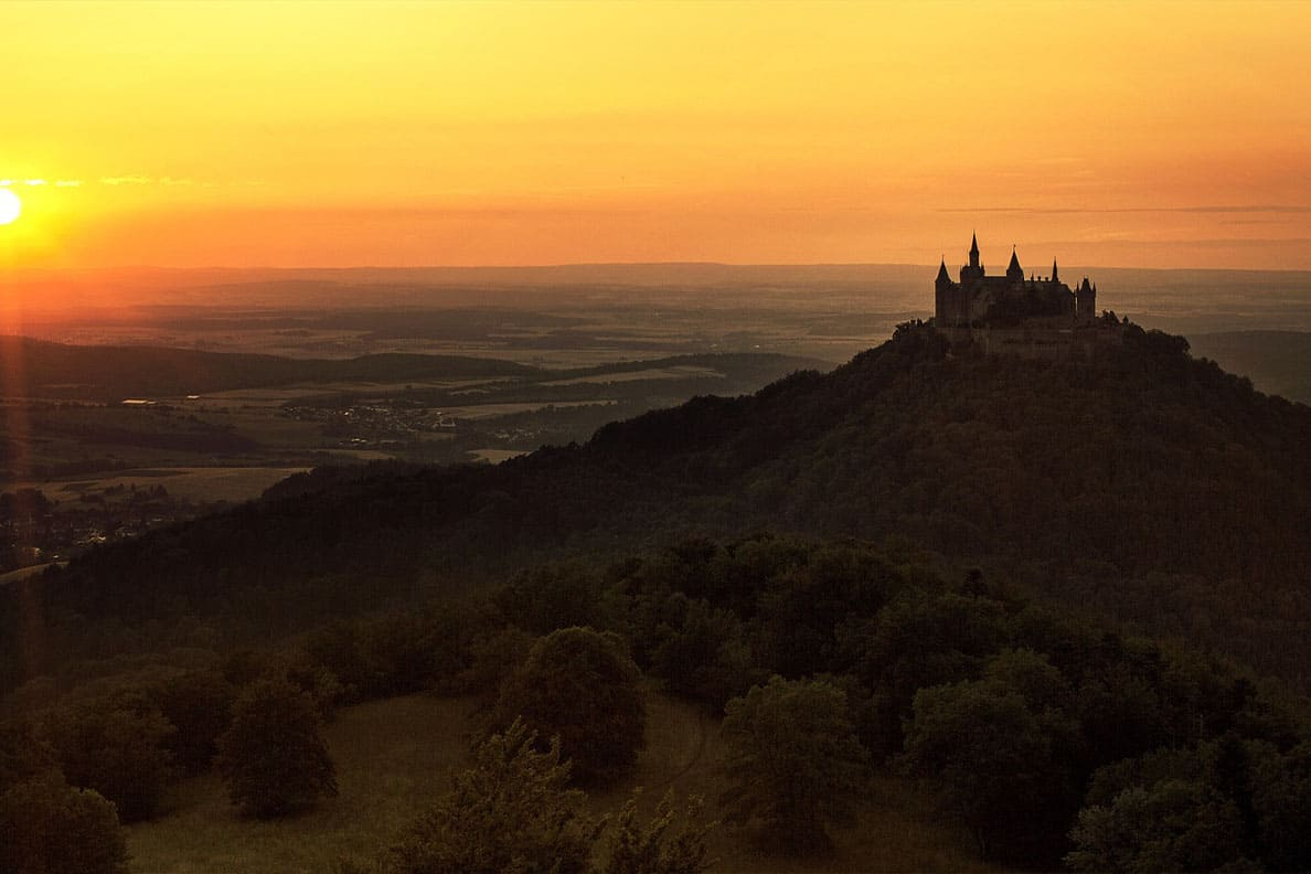 Hohenzollern castle- one of Germany's best fairytale castles. Here's everything you need to know to plan your visit to one of the most beautiful castles in Europe- map included! #hohenzollern #castles #germany