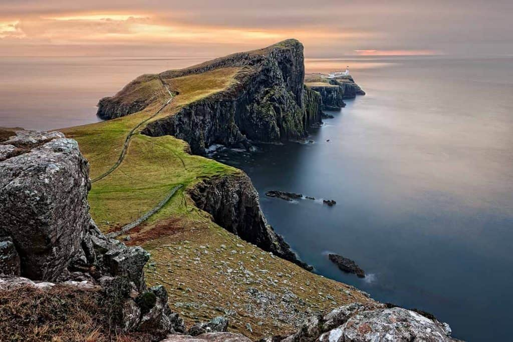 Neist Point- the perfect sunset spot for your Isle of Skye road trip