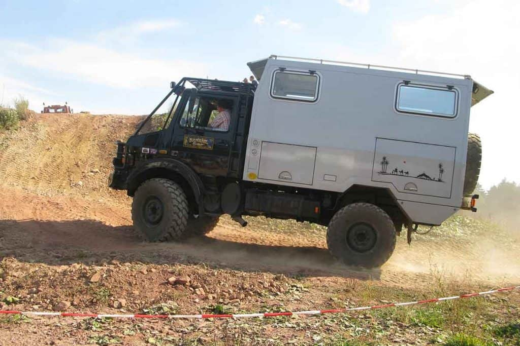 Unimog- the perfect type of van for vanlife