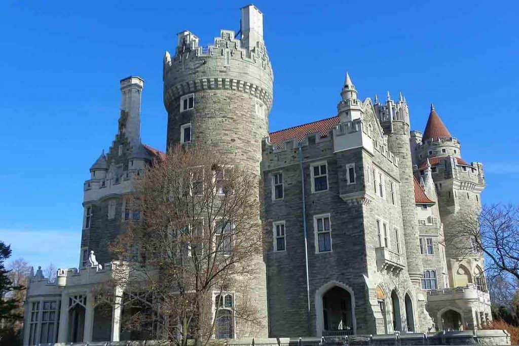 Unique Things to do in Toronto- Casa Loma Castle