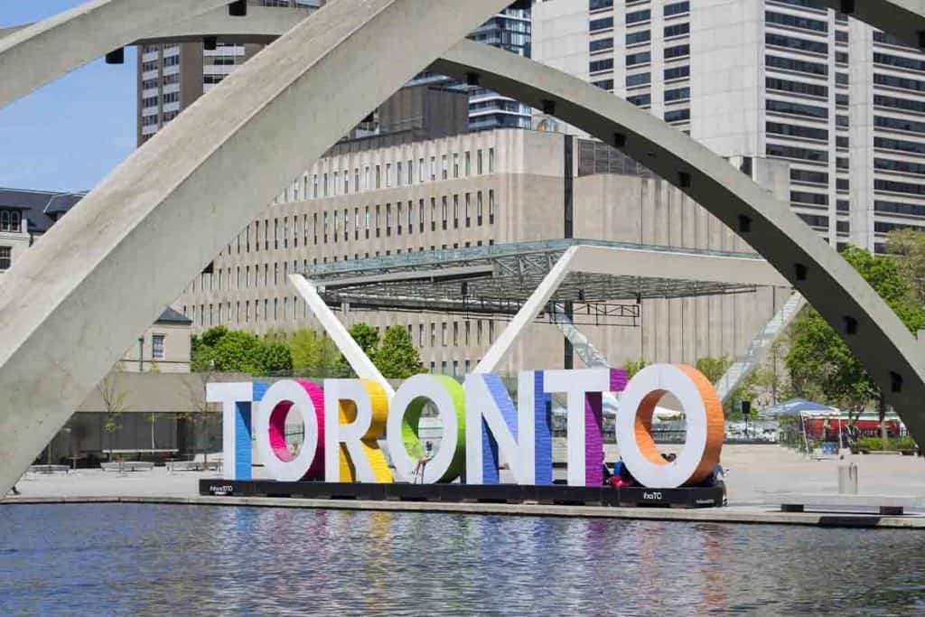 Unique Things to do in Toronto- Toronto Sign