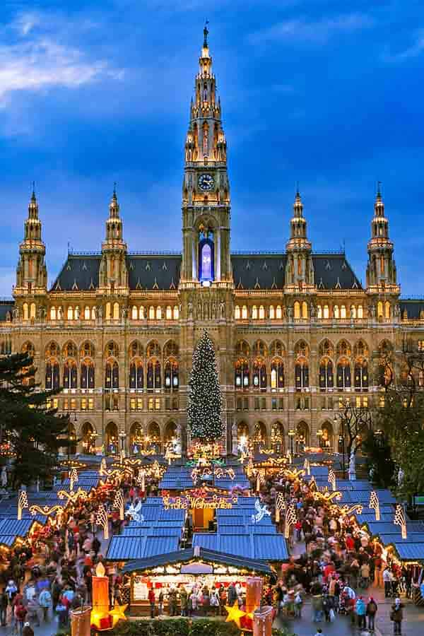 The beautiful Christmas Market and stalls at Rathausplatz in Vienna, Austria.