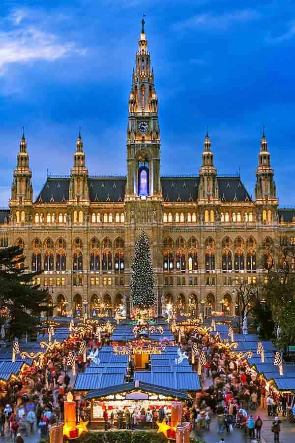 Best and Biggest Christmas Market in Austria- Rathausplatz