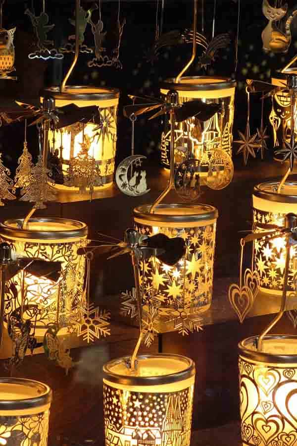 What can you buy at European Christmas Markets? Beautiful, handmade gifts, toys and more. Christmas Markets Europe Tips