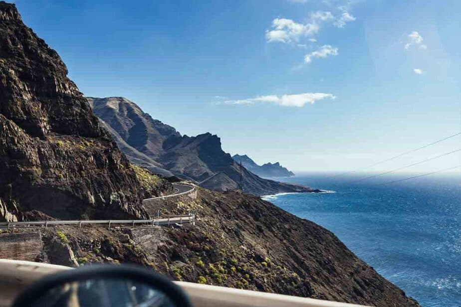 Looking out at the mountainous coast of Gran Canaria!