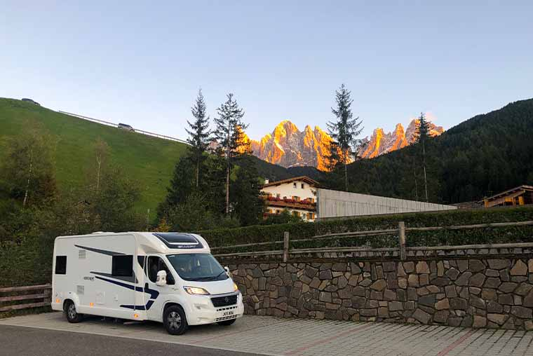Val di Funes Dolomites with a motorhome- parking, how to visit and when to go