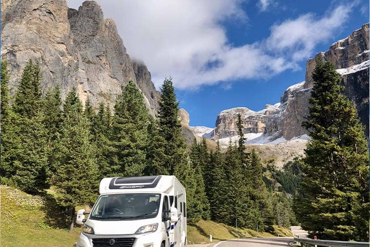 Motorhome trips and route planning - step by step guide for beginners with motorhomes or campervans