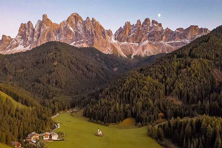 When to visit Val di Funes for best photos