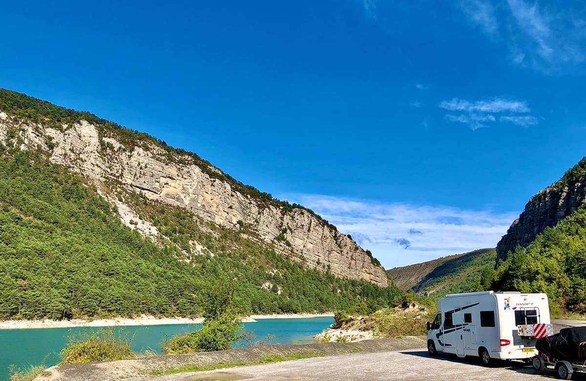 Motorhoming in France- Complete Guide Planning to go touring in France with a motorhome or campervan? There are some essential things you need to know before your trip, including important paperwork and kit to bring with you. Here's everything you need to know about motorhome travel in France.