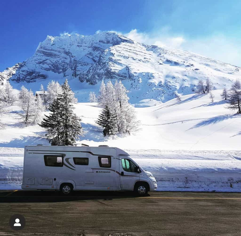motorhome travel blog- winter skiing