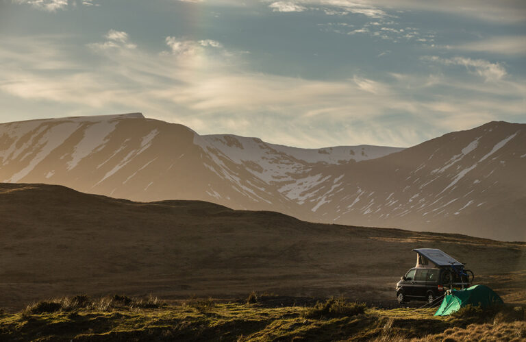 motorhome and campervan parking laws in the UK, England, Scotland and Wales and Europe- what's legal, what's not.
