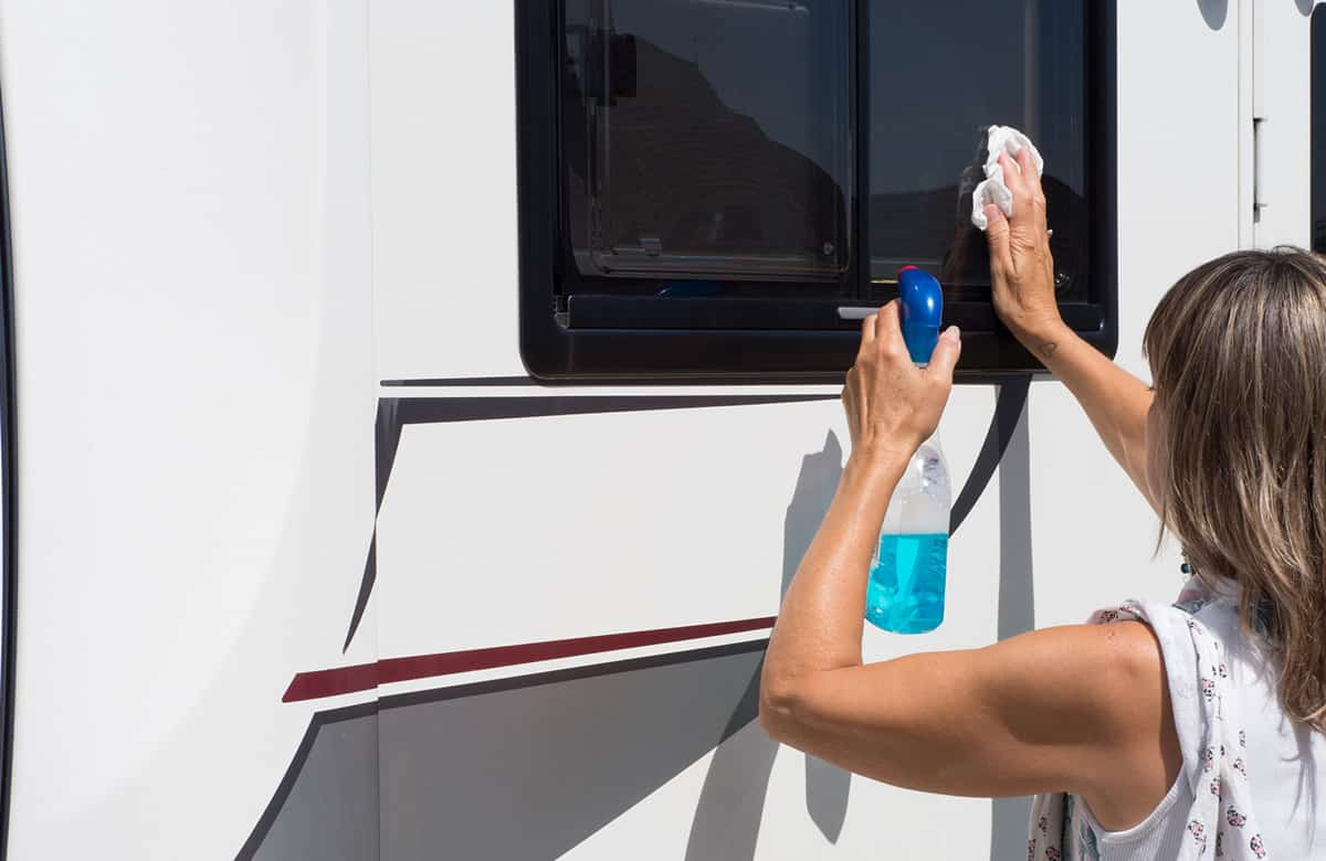 Motorhome cleaning and how to clean a motorhome with best motorhome cleaning products